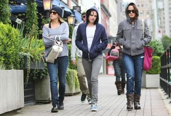 Rosalie, Bella and Esme. BFFS