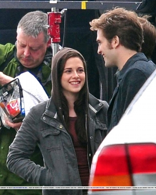 smiley between takes